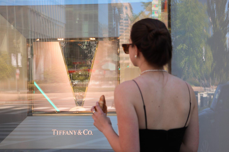Breakfast at Tiffany's But Make it 90s